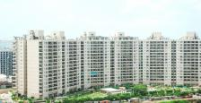 Semi-Furnished Ultra Luxry Apartment For Sale in Central Park-2 Resort, Sohna Road, Sec-48, Gurgaon