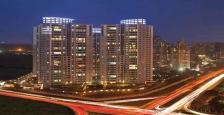 Semi Furnished 4 BHK Rented Apartment size of 4217 Sq.Ft. Available for Sale in DLF Belaire, Golf Course Road Gurgaon