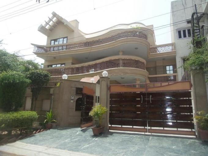 6 Bed Rooms Furnished Independent Villa For Rent In Dlf