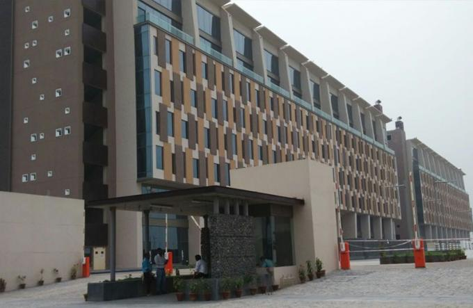 Unfurnished  Commercial Office Space Greater Noida Noida