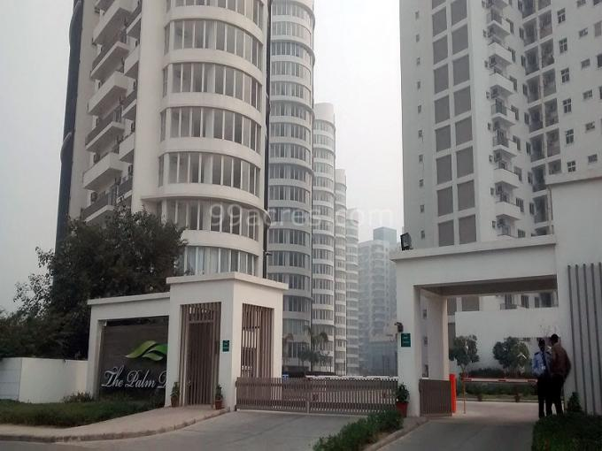 Palm Drive 3700 Sq.Ft. 4BHk + Servent Room Semi Furnished Apartment  Golf Course Extension Road Gurgaon