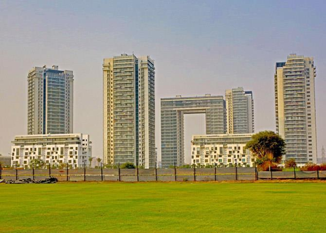 Ireo Grand Arch 2164 Sq.Ft. 3 Semi Furnished Apartment Lease Sector 58 Gurgaon